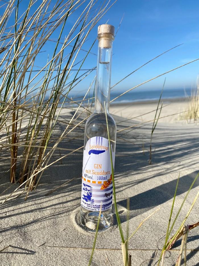 Gin mit Sanddorn