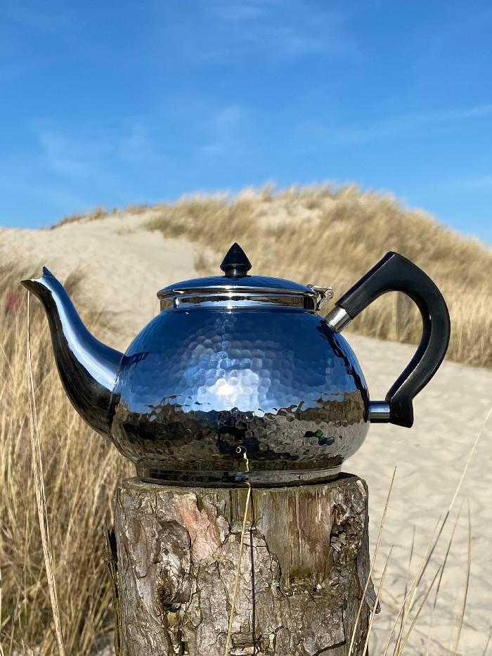Einwandige Teekanne, 1 L, gehämmert
