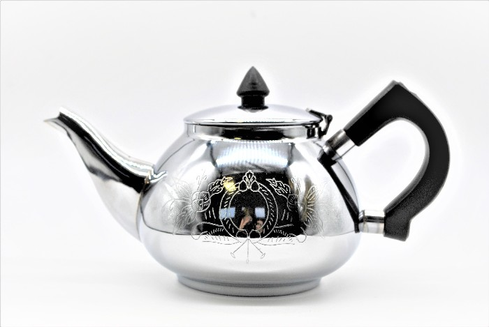 Teekanne mit Klappdeckel und Gravur ,1 Liter